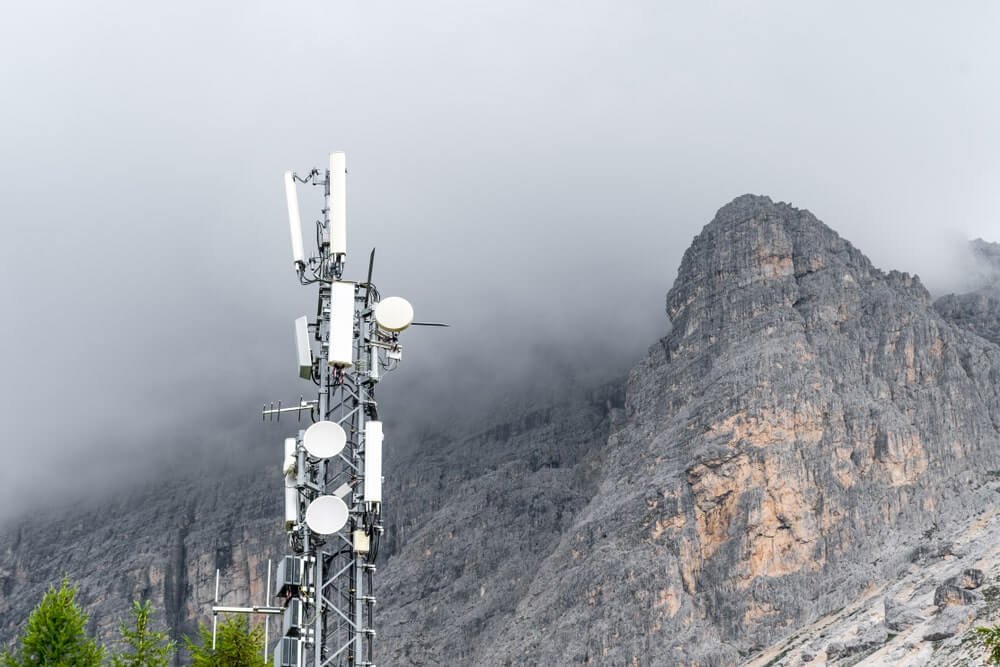 Does Winter Weather Affect Your Mobile Signal